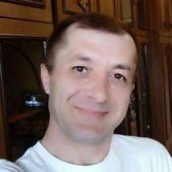 Молодой парень ищет девушку в Томске для жарких встреч