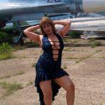 Худенькая девушка любит секс, ищет мужчину в Томске