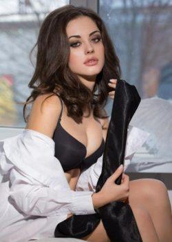 Молодая, высокая и сочная девушка ищет мужчину для секса в Томске